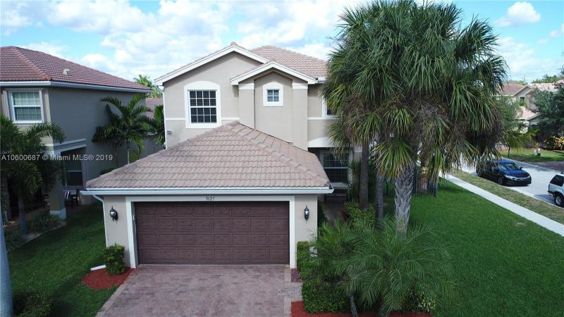 10418 Pearwood Place, Boynton Beach FL 33437-