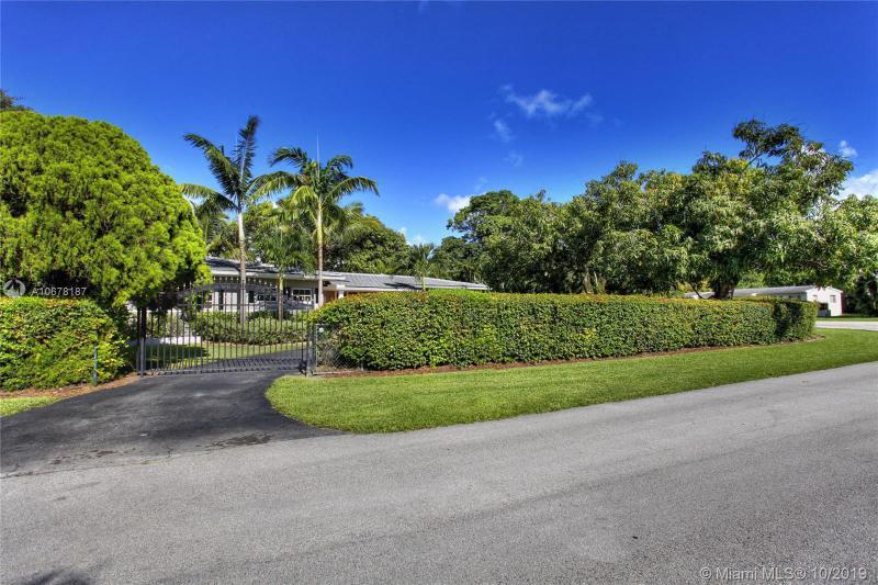 8000 SW 62nd Ct, South Miami, FL, 33143