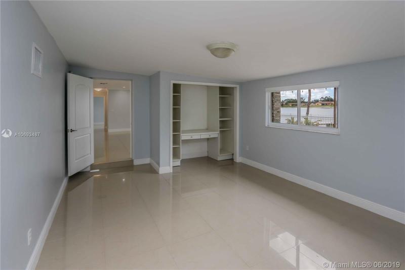 1798 W 79th St, Hialeah, FL, 33014