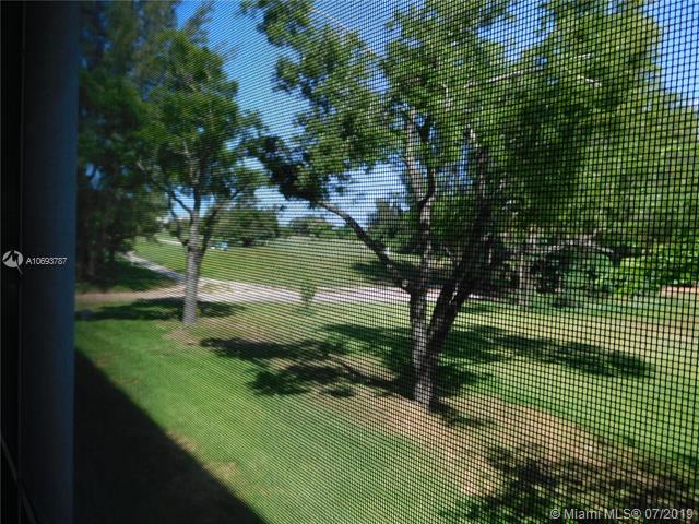3200 N Palm Aire Dr 208, Pompano Beach, FL, 33069