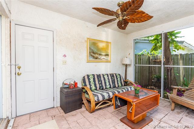 1795 NE 33rd St, Oakland Park, FL, 33334