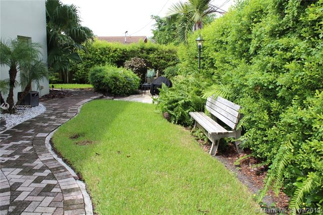 1353 Holly Heights Dr 2, Fort Lauderdale, FL, 33304