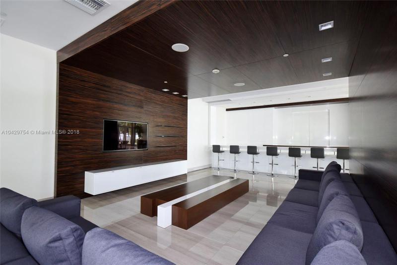 Imagen 26 de Residential Rental Florida>Miami Beach>Miami-Dade   - Rent:3.700 US Dollar - codigo: A10429754