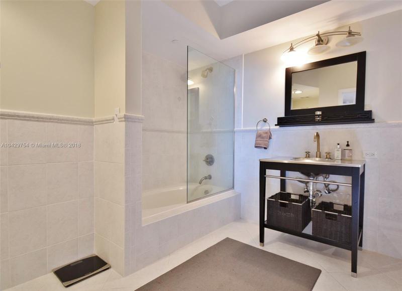 Imagen 5 de Residential Rental Florida>Miami Beach>Miami-Dade   - Rent:3.700 US Dollar - codigo: A10429754