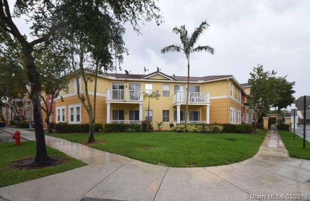200 Crestwood Court, Royal Palm Beach FL 33411-