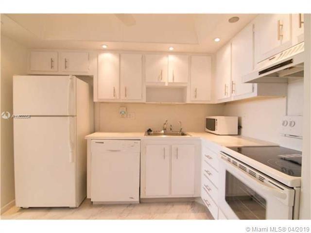 551 135th Ave, Pembroke Pines FL 33027-1621