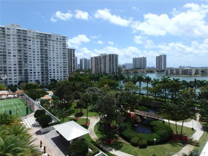 For Sale at  2801 NE 183Rd St #706W Aventura  FL 33160 - Admirals Port - 2 bedroom 2 bath A10255221_12