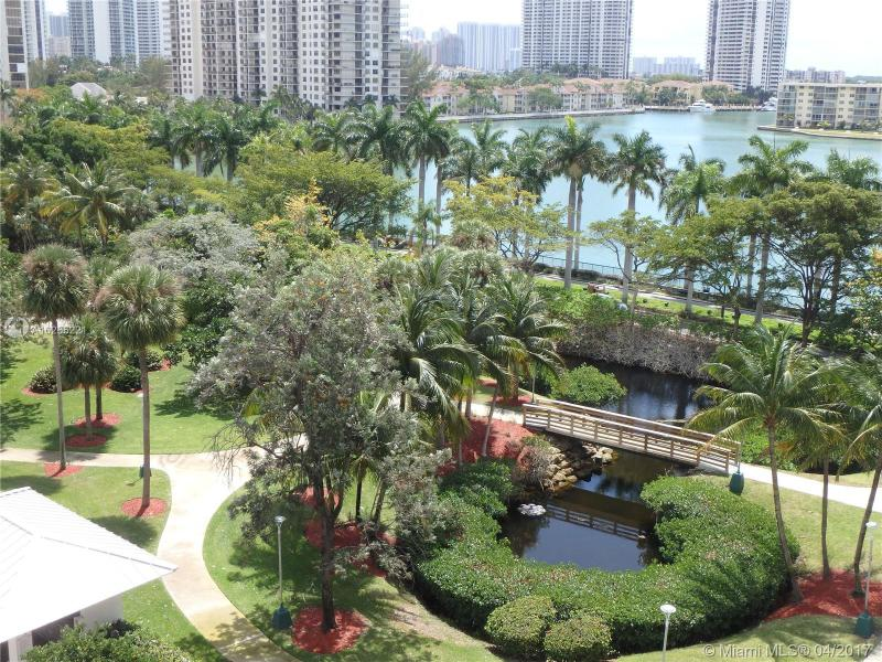 For Sale at  2801 NE 183Rd St #706W Aventura  FL 33160 - Admirals Port - 2 bedroom 2 bath A10255221_13