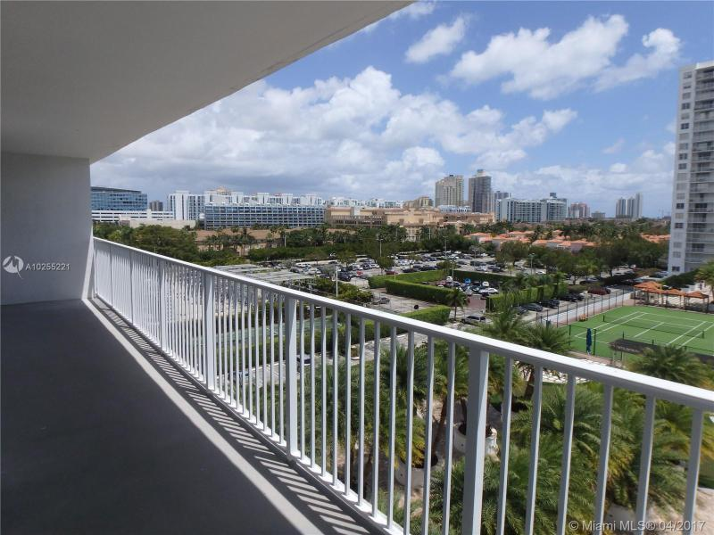 For Sale at  2801 NE 183Rd St #706W Aventura  FL 33160 - Admirals Port - 2 bedroom 2 bath A10255221_15