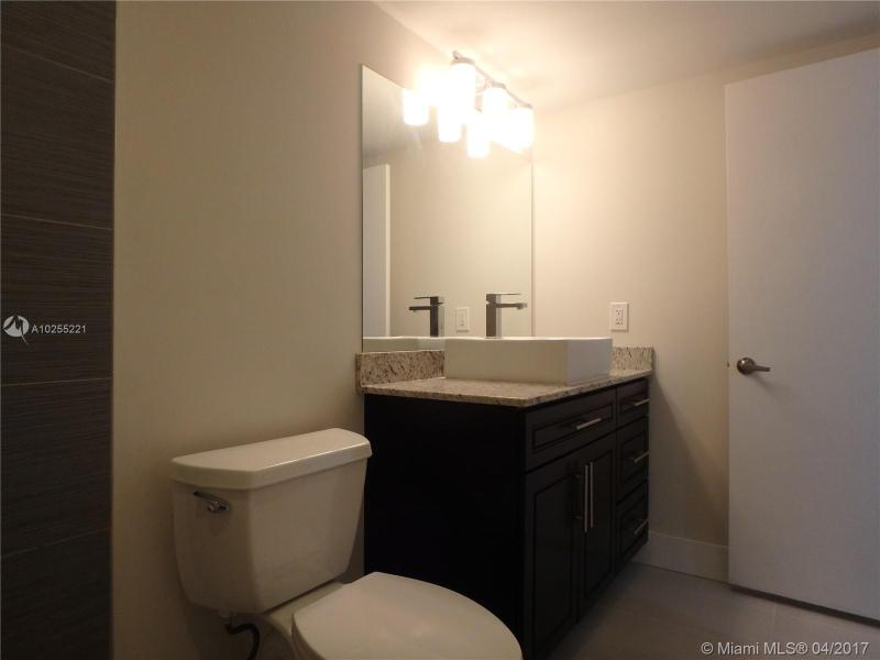 For Sale at  2801 NE 183Rd St #706W Aventura  FL 33160 - Admirals Port - 2 bedroom 2 bath A10255221_21