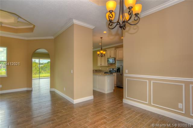 PORT ST LUCIE SECTION 44 REALTY