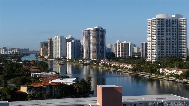 Imagen 1 de Townhouse Florida>Hallandale>Broward      - Sale:285.000 US Dollar - codigo: A10429221