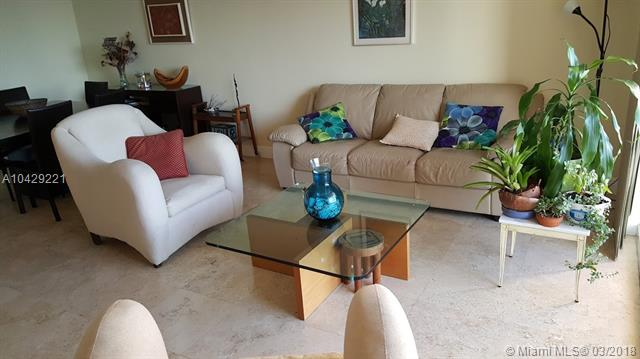 Imagen 6 de Townhouse Florida>Hallandale>Broward      - Sale:285.000 US Dollar - codigo: A10429221
