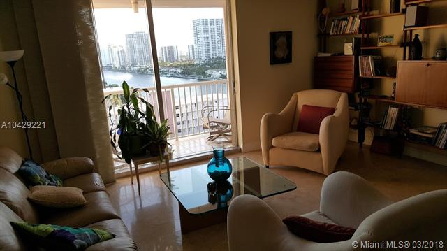 Imagen 8 de Townhouse Florida>Hallandale>Broward      - Sale:285.000 US Dollar - codigo: A10429221
