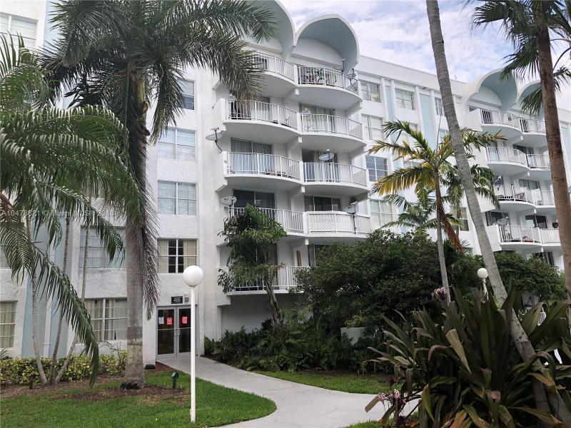 981 NE 169th St  Unit 102, North Miami Beach, FL 33162-2535