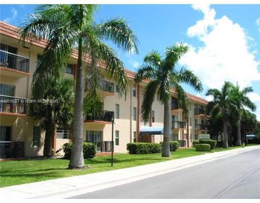 16909 N Bay Rd  Unit 502, Sunny Isles Beach, FL 33160-