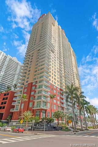 THE MARK ON BRICKELL COND The