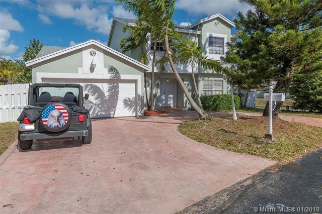 14641 SW 93rd Ln,  Miami, FL