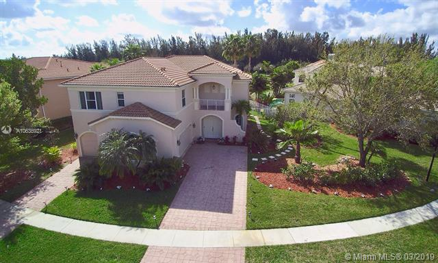 1235 Bay View Way, Wellington FL 33414-