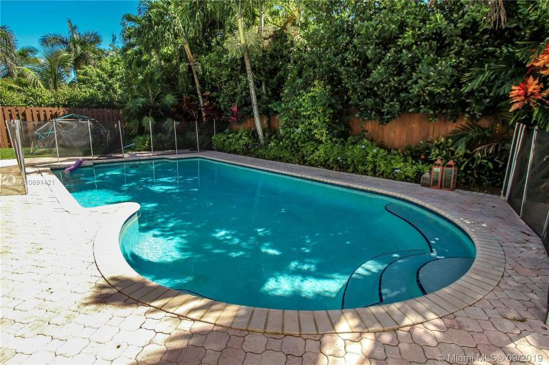 8440 SW 136th Ter, Palmetto Bay, FL, 33158