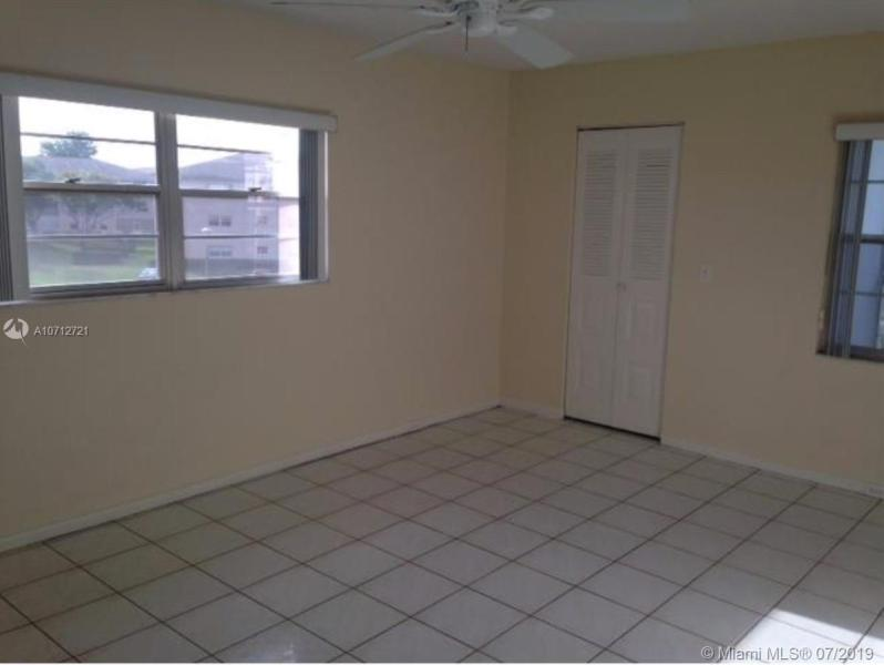 151 SW 134th Way 301N, Pembroke Pines, FL, 33027