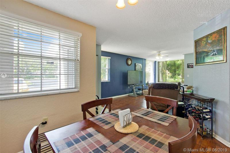 2881 N Oakland Forest Dr 101, Oakland Park, FL, 33309