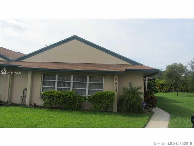 Davie Condo/Villa/Co-op/Town Home A10171288