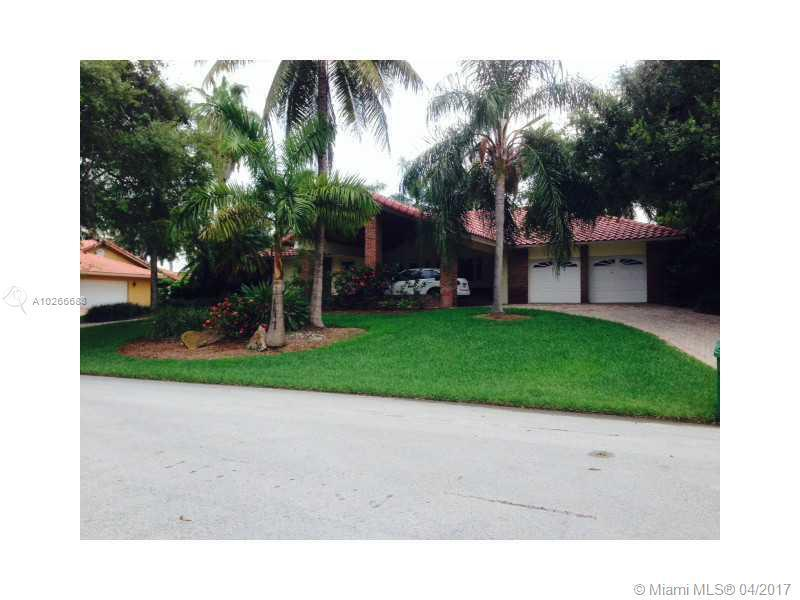 17040 SW 92 CT, Palmetto Bay, FL 33157