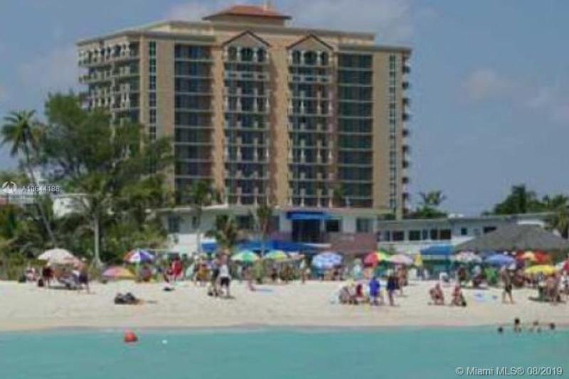 17555  Atlantic Blvd  Unit 901, Sunny Isles Beach, FL 33160-2996