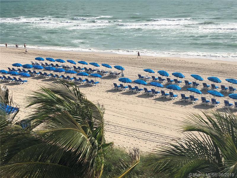 17201 Collins Ave 809, Sunny Isles Beach, FL, 33160