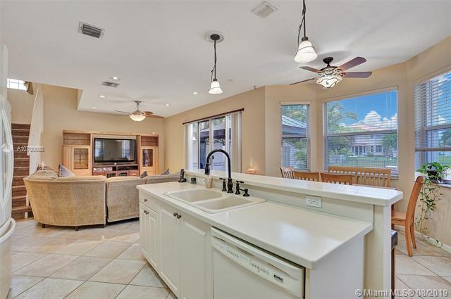 383 NW 158th Ave, Pembroke Pines, FL, 33028