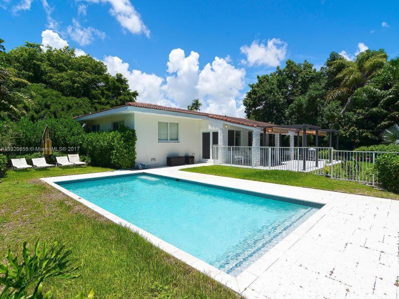 1006 NE 97 st , Miami Shores, FL 33138-2556