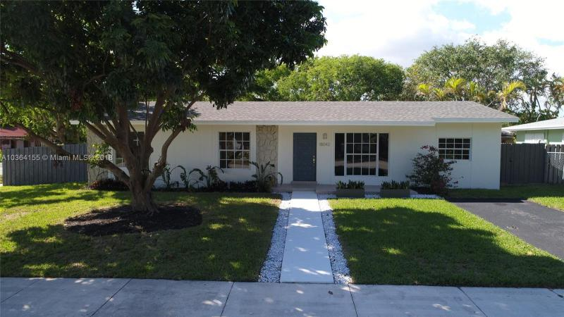 18341 SW 87th Ave , Palmetto Bay, FL 33157-6027
