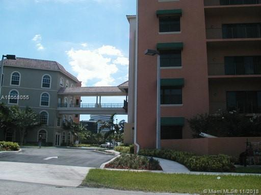 1640 Presidential Way, West Palm Beach FL 33401-