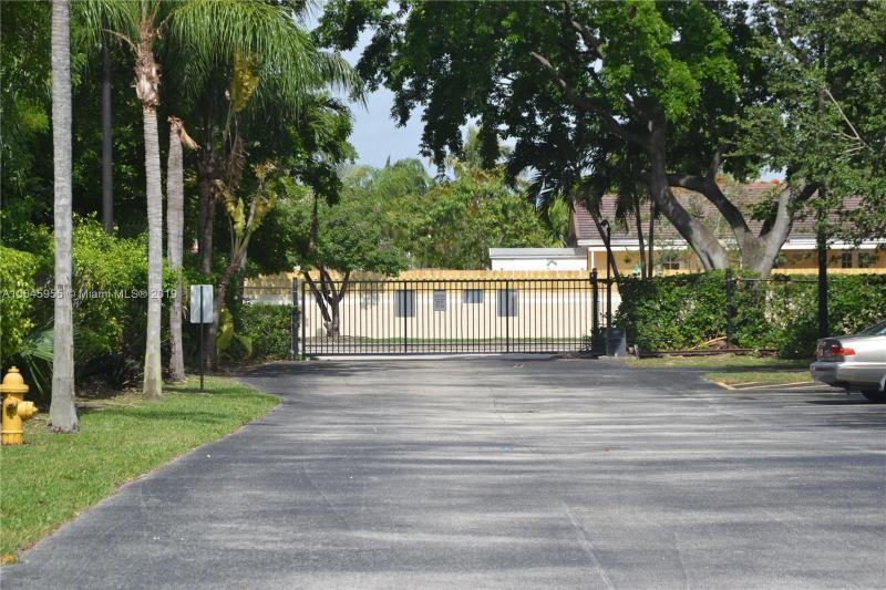 21133 SW 85th Ave  Unit 105 Cutler Bay, FL 33189-3506 MLS#A10645955 Image 32