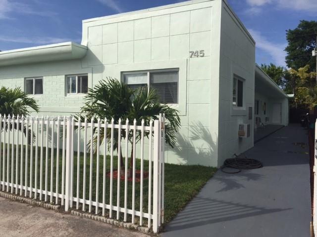 1225  Normandy Dr , Miami Beach, FL 33141-3656