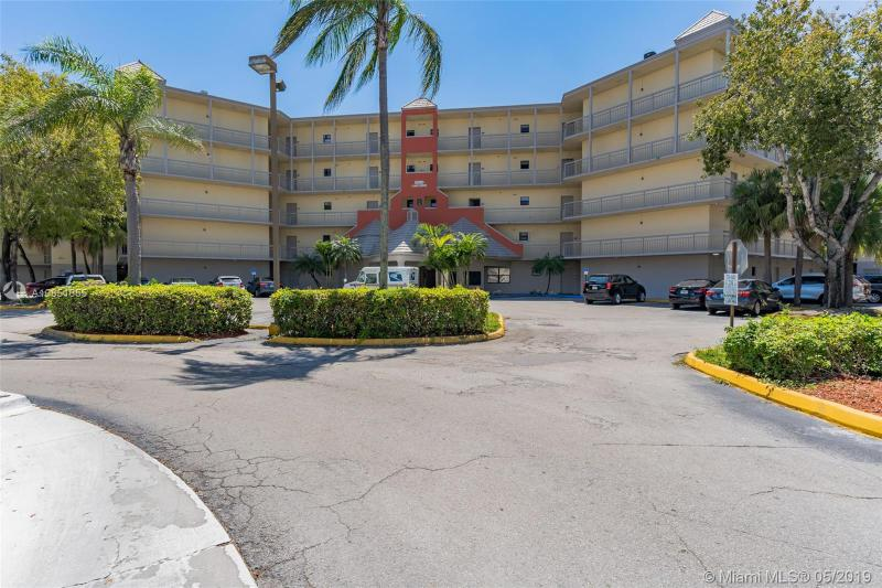 5300 NW 87th Ave  Unit 105, Doral, FL 33178-2102