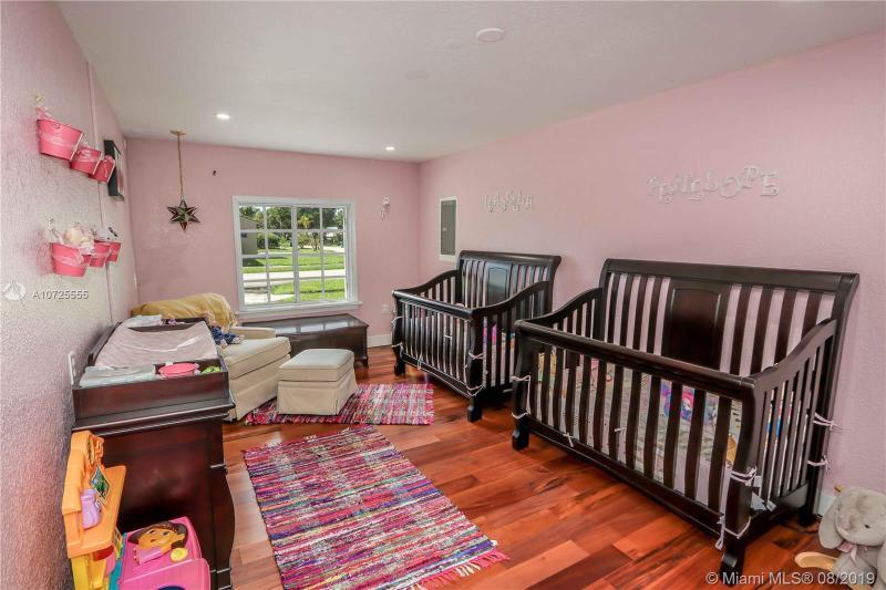 5751 NW 201st Ln, Hialeah, FL, 33015