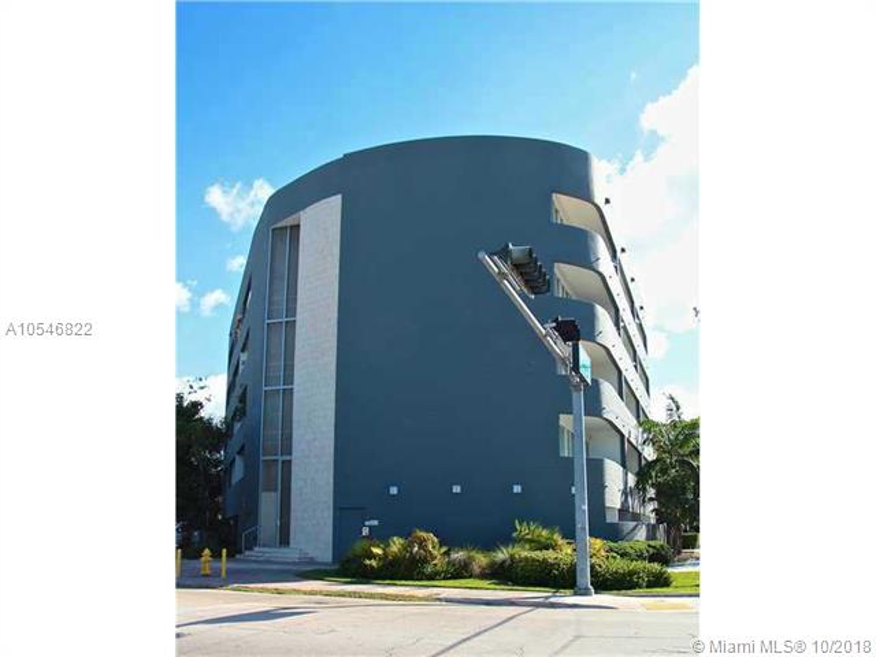2401  Overbrook  Unit 102, Coconut Grove, FL 33133-