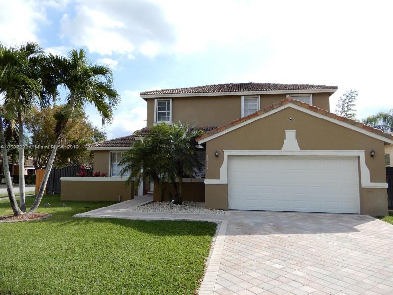 15922 SW 146th Ter,  Miami, FL