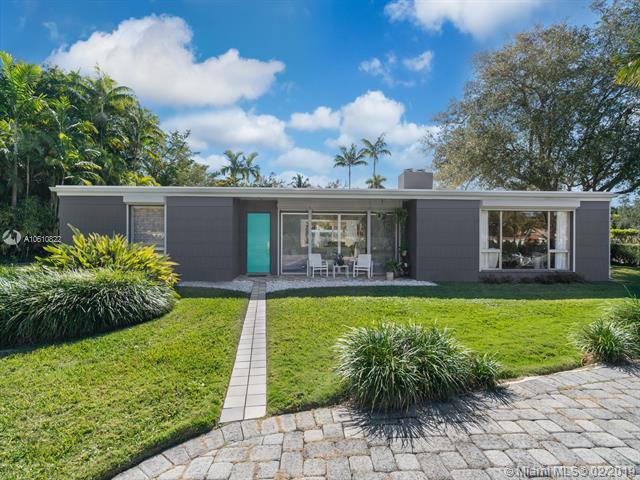 8840 SW 106th St,  Miami, FL