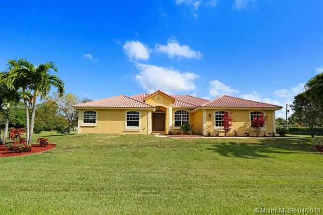 15900 SW 54th Pl , Southwest Ranches, FL 33331-3381