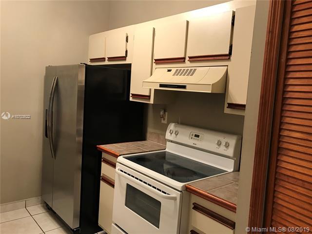 18286 Mediterranean Blvd 8-2, Hialeah, FL, 33015