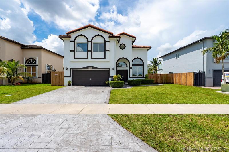 16100 SW 60th St,  Miami, FL