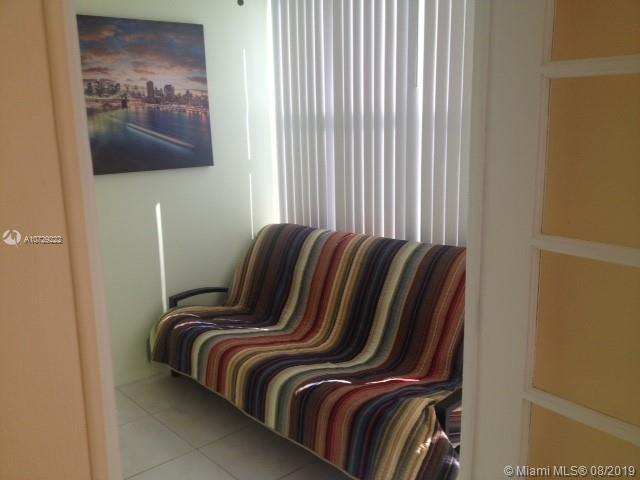 210 172nd St 328, Sunny Isles Beach, FL, 33160