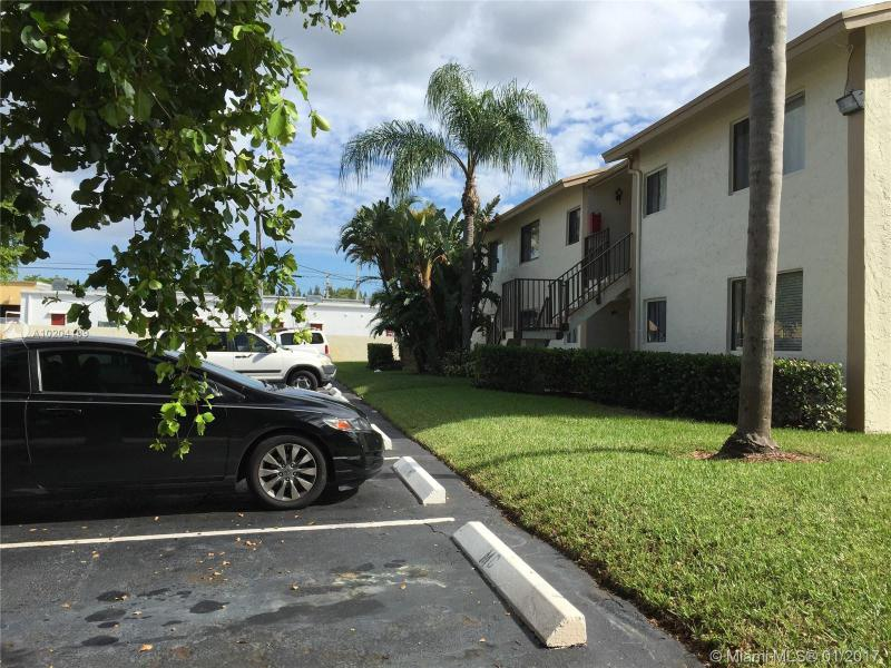 5621 2nd Ct  Unit 202, Margate, FL 33068