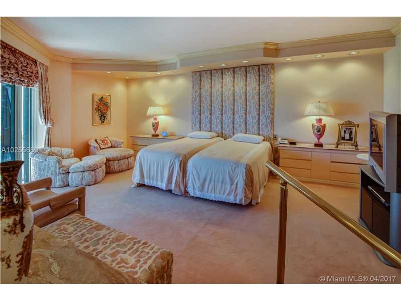 For Sale at  9999   Collins Ave #14G Bal Harbour  FL 33154 - Bal Harbour Tower - 1 bedroom 3 bath A10255689_15