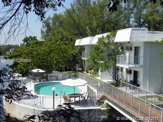 1860 VENICE PARK DR  Unit 128, North Miami, FL 33181