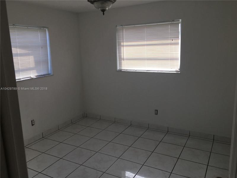 Imagen 15 de Single Family Florida>Miami>Miami-Dade   - Sale:285.000 US Dollar - codigo: A10429789