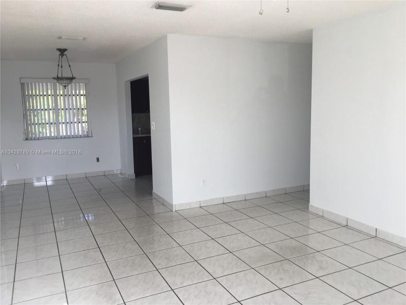 Imagen 2 de Single Family Florida>Miami>Miami-Dade   - Sale:285.000 US Dollar - codigo: A10429789